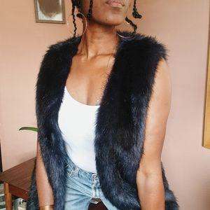 Forever 21 Faux Fur Vest Women's Large